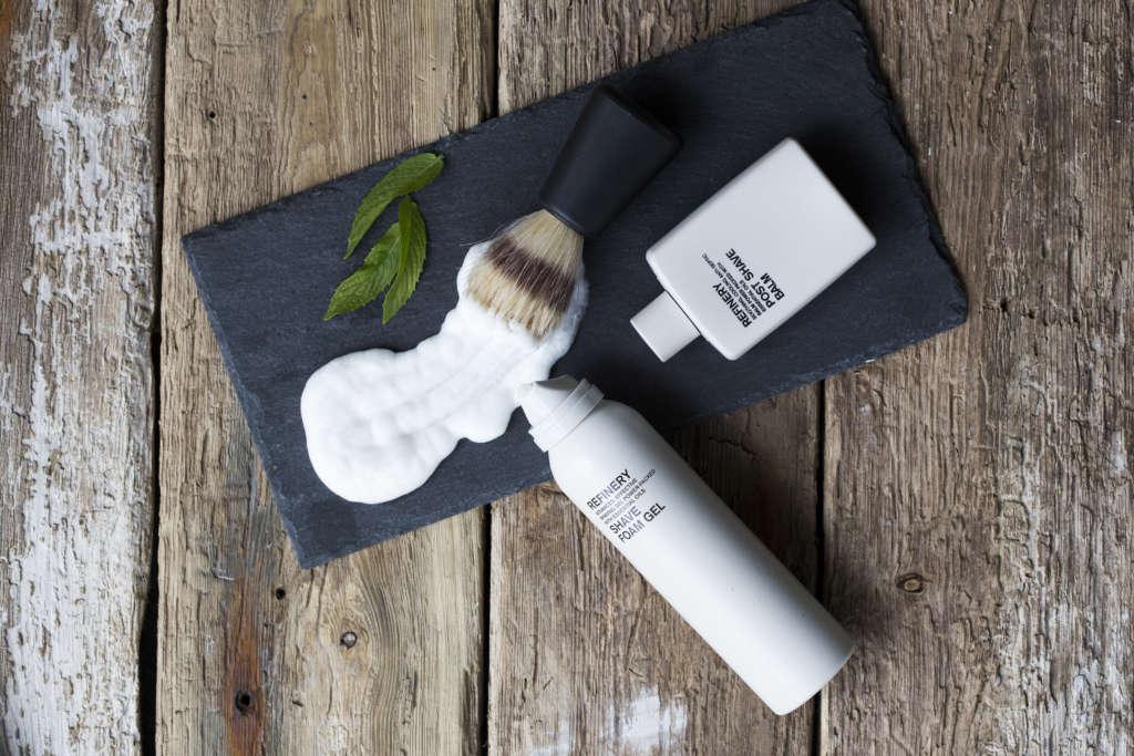 Produits pour hommes ; rasage et soins du visage